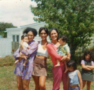 Mum Holding Leini, Aunty Naila, Aunty Anna Holding Desley, Elizabeth & Soranya