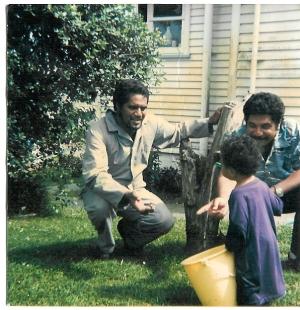 Steve/Koko, Krit & Dad