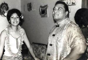 Mum & Pekelo