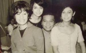 Aunty Naila, Aunty Imeleta, Uncle Pekelo & Mum
